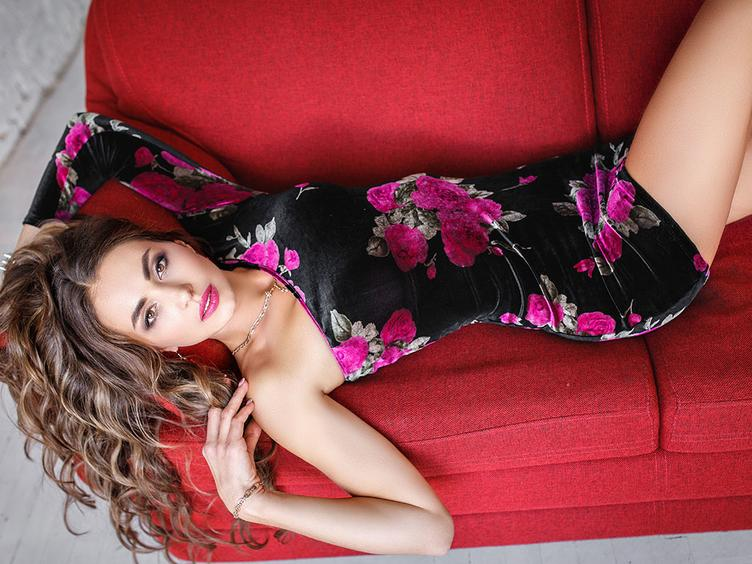Hi guys! I am new and hot girl on here! Lets have fun!I like to play with myself while you watching on me I am ready to do my best for you! Just tell me all your secrets.Wanna try something new. Would you be my teacher dear?